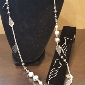 Jewelry - Moon necklace and earrings